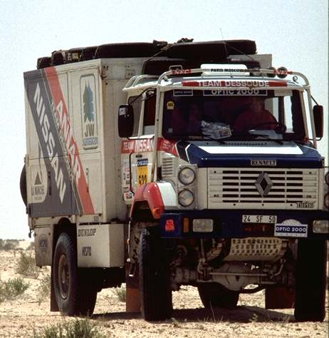 Renault camion supporto rally di tunisia